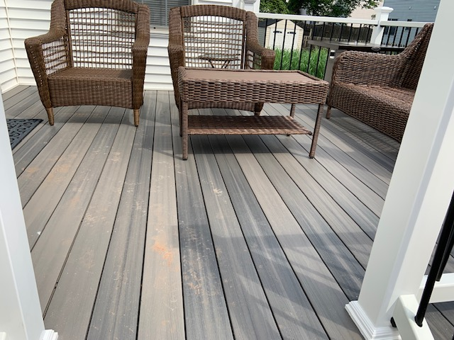 Composite deck built by B & B Maintenance - 0538